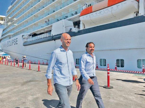 El ministro de Transporte Guillermo Dietrich junto a Gonzalo Mórtola, interventor de la AGP