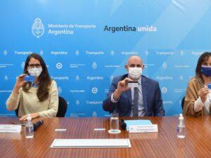 Los ministros Elizabeth Gómez Alcorta y Alexis Guerrera presentaron la iniciativa